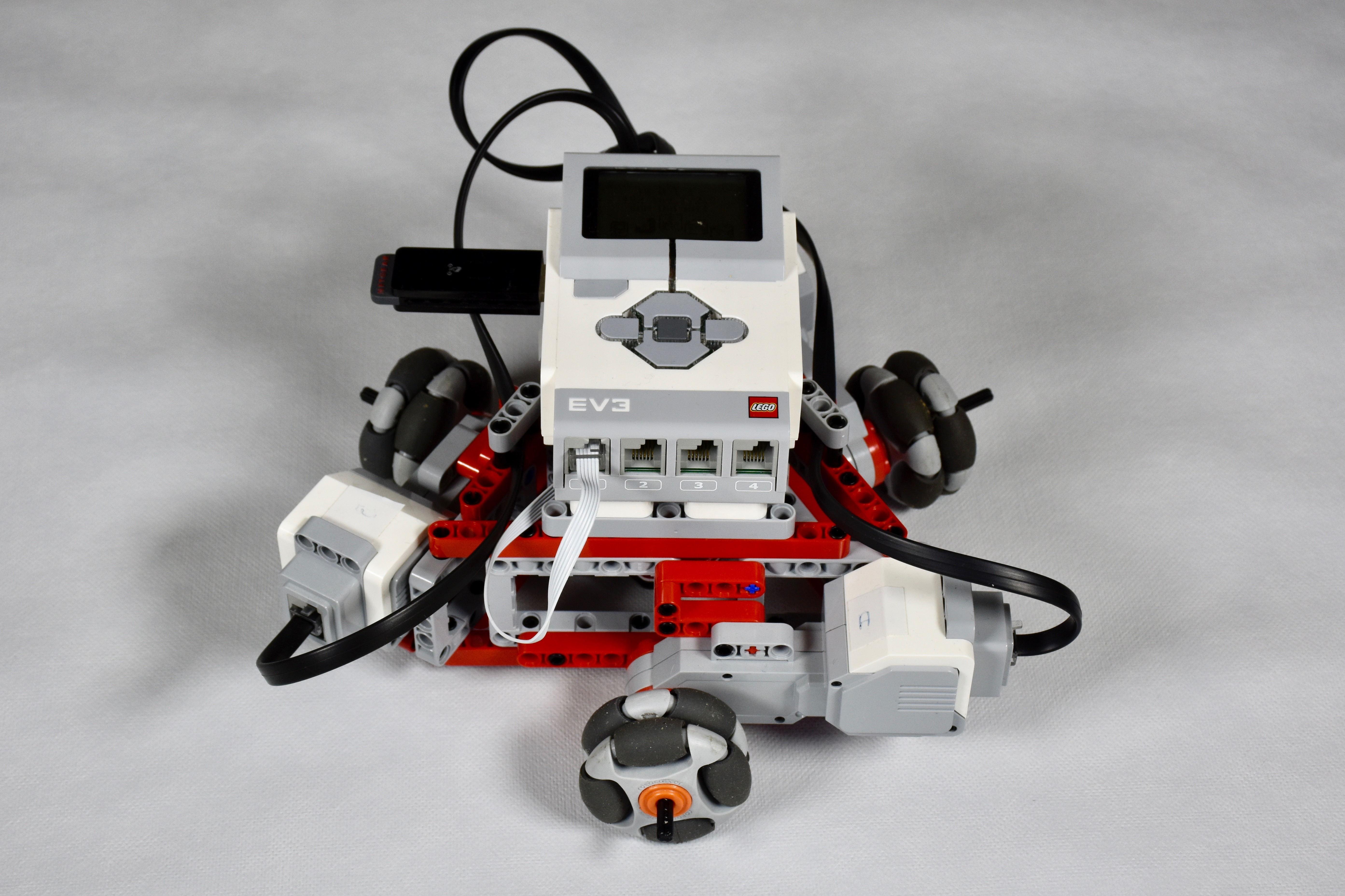 Holonomic LEGO Mindstorms Robot   Christoph Bartneck, Ph D